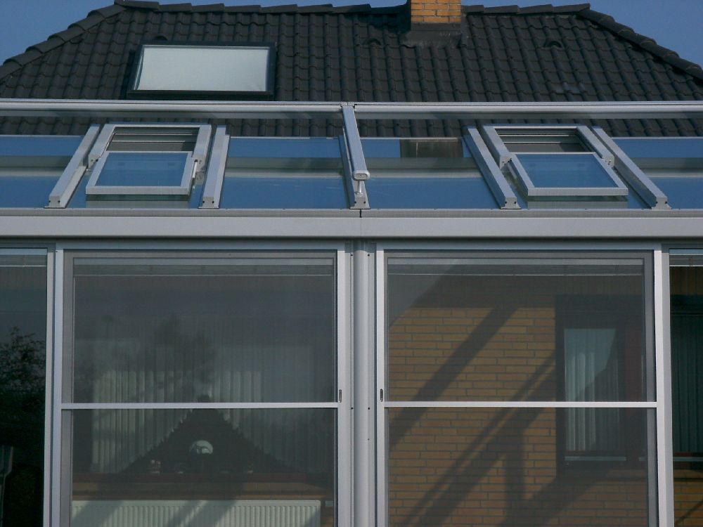 Wilken gmbh elemente wintergartenbau in wiesmoor for Schiebefenster kunststoff